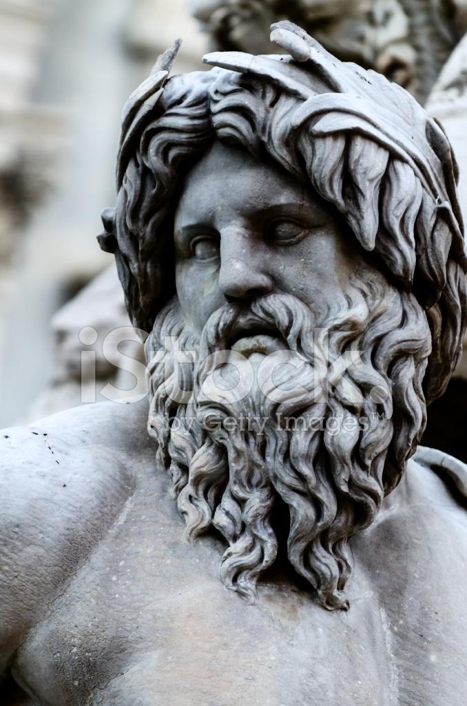 Visage De Zeus Dans La Fontaine De La Piazza Navona Rome