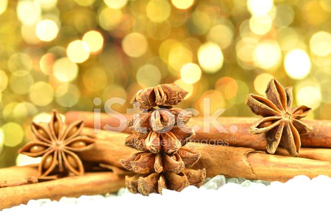 圣诞季节,肉桂棒,八角星 照片素材 - freeimages.com