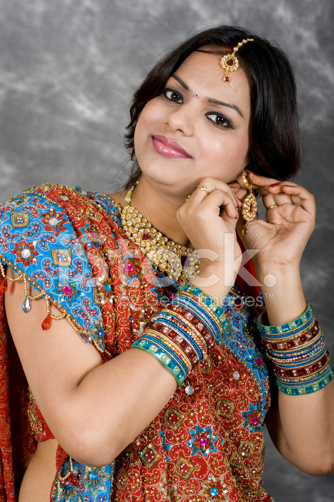 indian lady pretty traditional colorful clothing getty istock premium freeimages