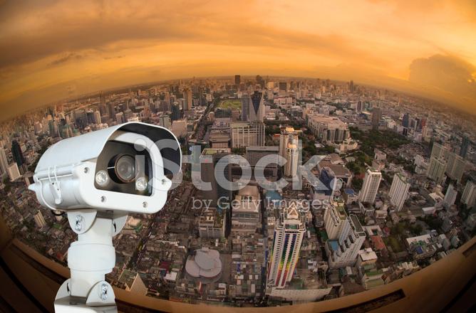 中央电视台与模糊背景鱼眼视野中的城市照片素材 Freeimagescom