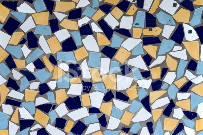 Decorativo mosaico di piastrelle di ceramica smaltate rotti come