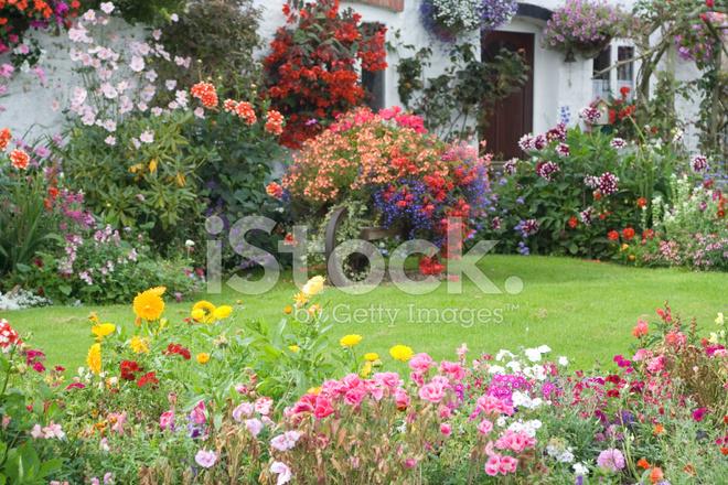 Giardino di campagna inglese fotografie stock freeimages