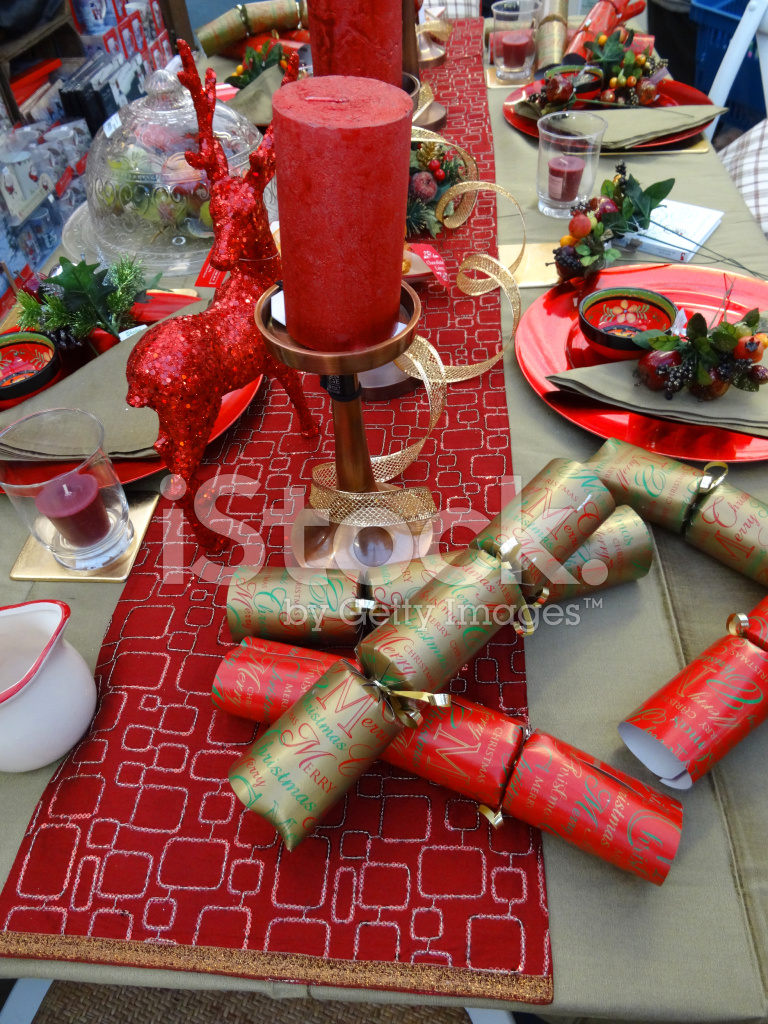 Christmas Dinner Table Setting, Decorative Table Cloth Runner, C ...