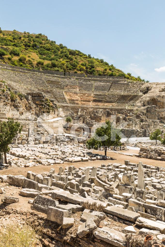 Efes Antik Tiyatrosu Türkiye Stok Fotoğrafları Freeimagescom