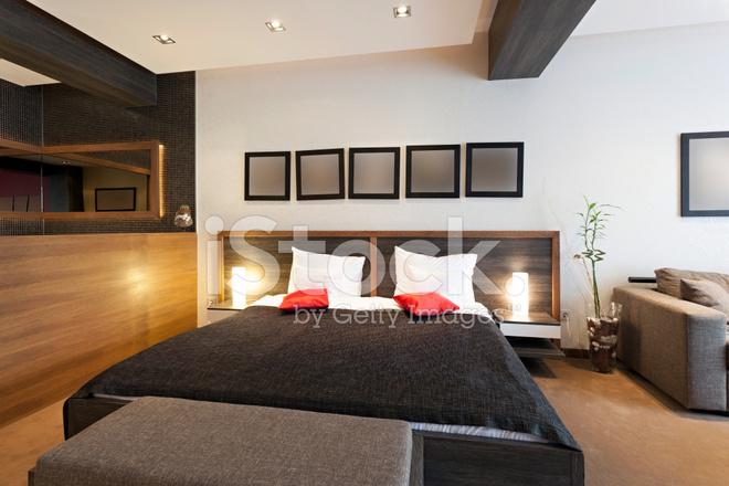 Interieur van een luxe hotelkamer stockfoto s freeimages