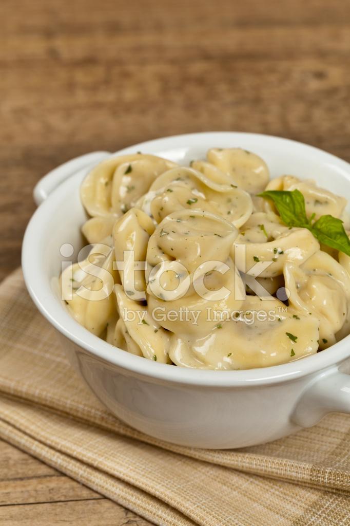 how to make tortellini alfredo