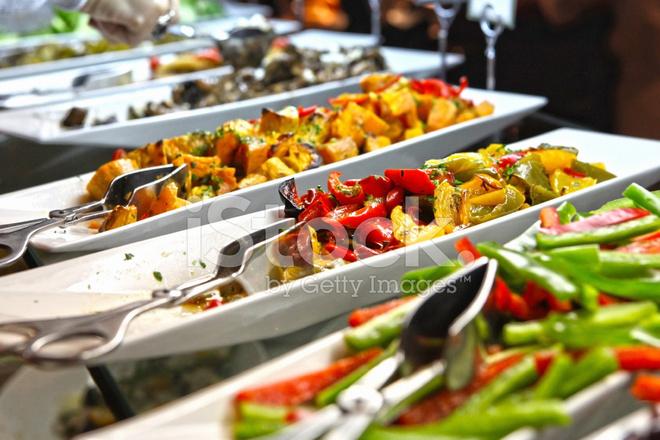 Buffet Di Insalate Miste : Selezione di buffet di insalate di lato fotografie stock