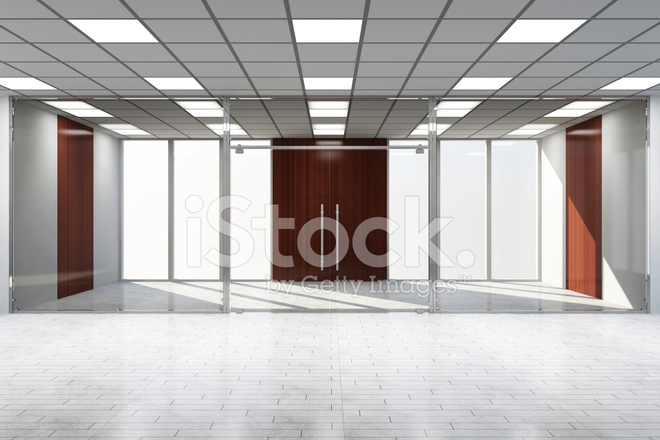 Intérieur de bureau vide moderne avec de grandes fenêtres photos