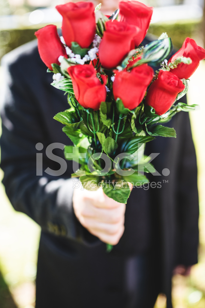 Man Giving Bunch of Rose for Valentine Stock Photos - FreeImages.com