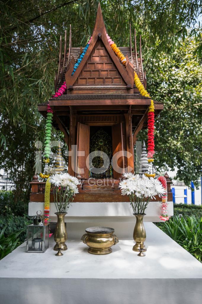 Small Outdoor Buddhist Shrine Bangkok Thailand Stock Photos Freeimages Com