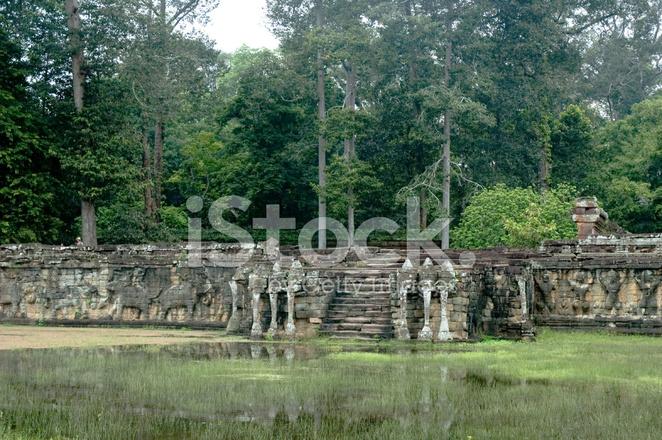 La Terraza De Los Elefantes Cerca De Angkor Wat En Camboya