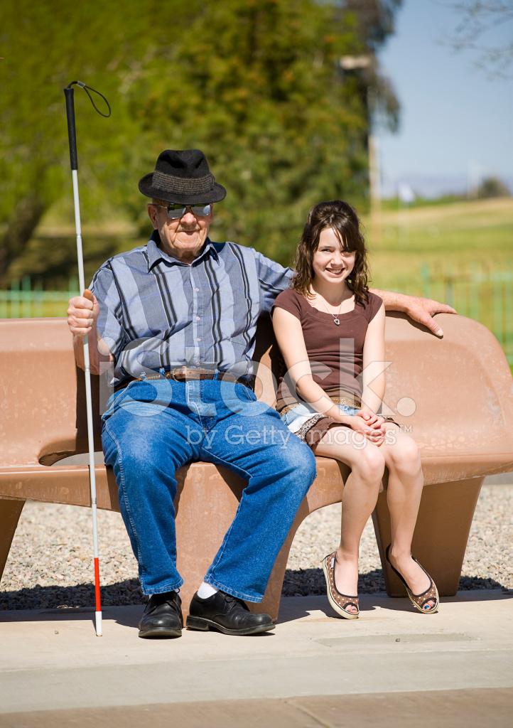 äldre par förföra ung flicka
