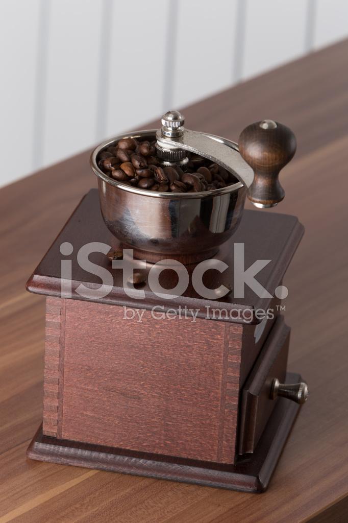 Vintage Coffee Grinder Ad and Clip Art | Vintage coffee, Coffee graphics, Coffee  grinder