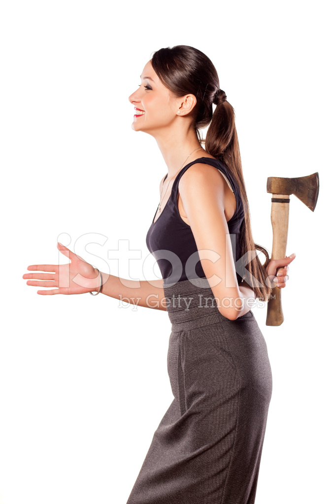 Картинка девочки с топором за спиной
