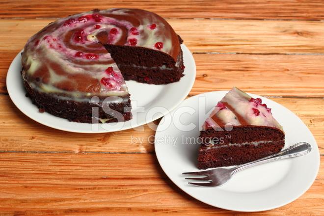 Schokolade Schicht Kuchen Mit Sahne Und Rote Johannisbeere Marmelade