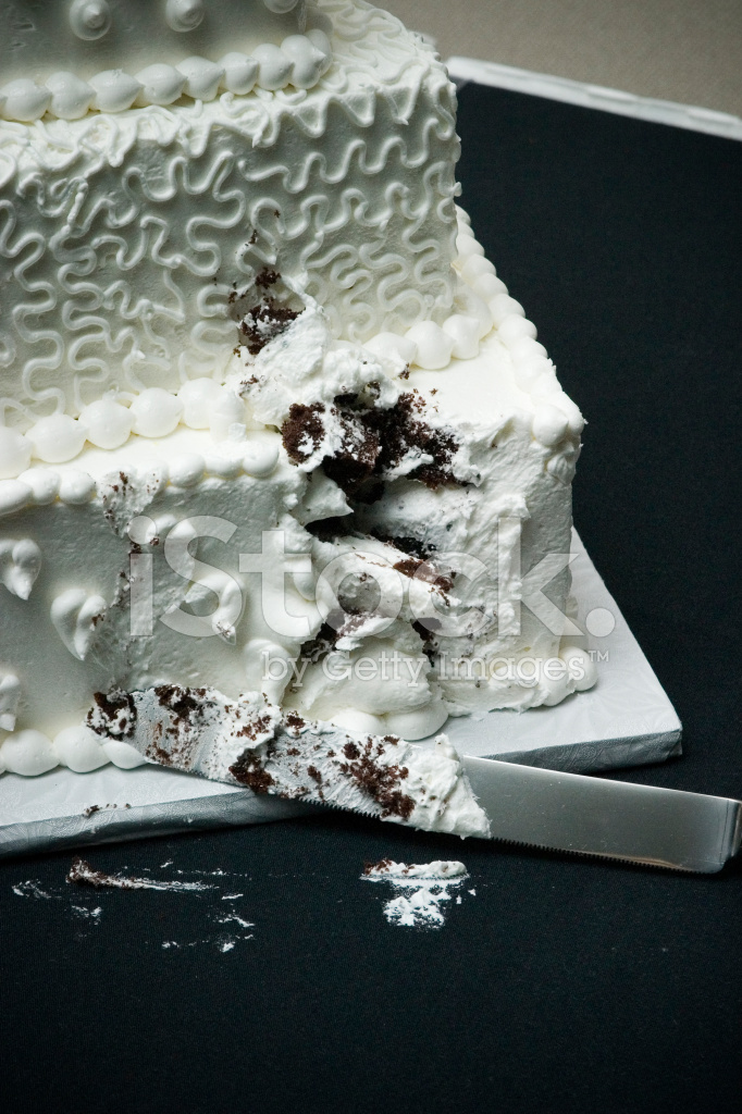 symbolic meaning of wedding cake cutting after the cake cutting stock photos freeimages 20726