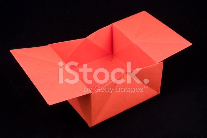 Caixa De Origami Vermelho Fotos Do Acervo Freeimagescom