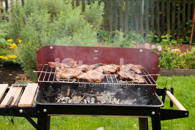 garten grill, grill im garten stockfotos - freeimages, Design ideen
