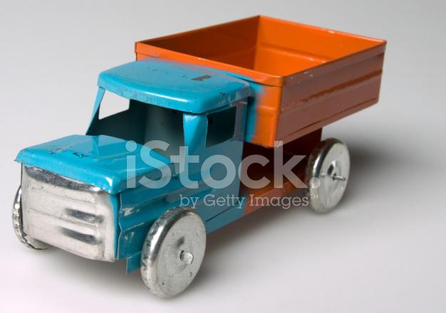 Carro De Juguete Antiguo Fotografias De Stock Freeimages Com