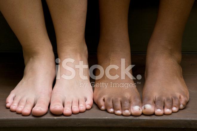 mamada adolescente dedos de los pies