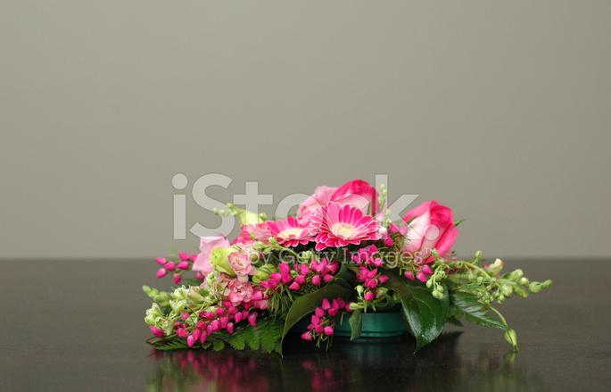 Simple Arreglo Floral Fotografías De Stock Freeimagescom