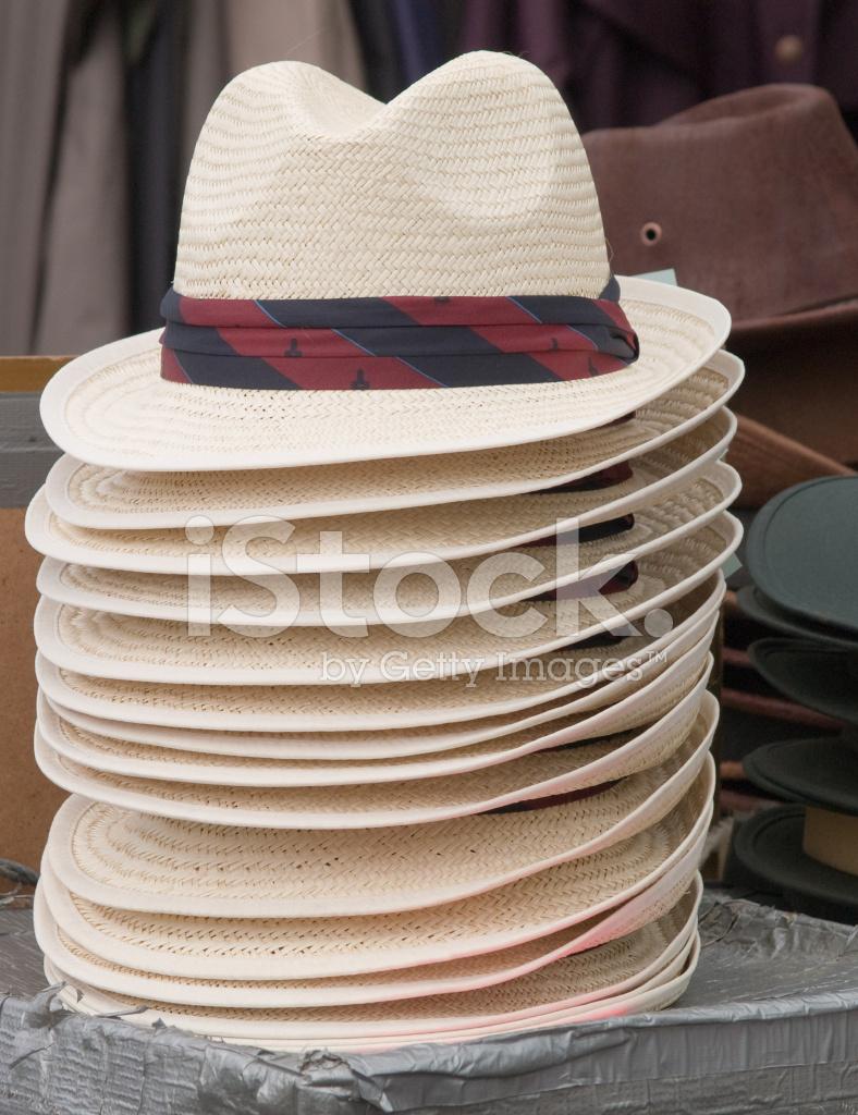 Puesto De Sombreros Imágenes De Stock & Puesto De Sombreros