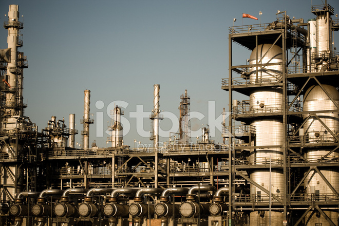 Oil Refinery Pipes Stock Photos Freeimages Com