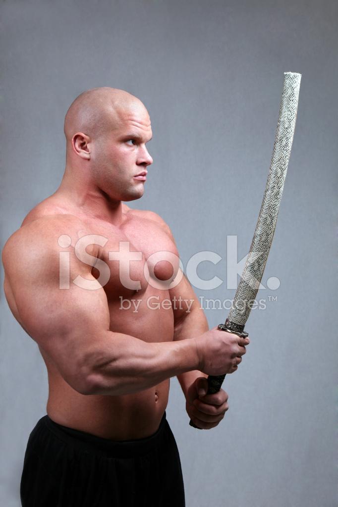 картинка полного грузного мужика с мечом изображение получается из-за