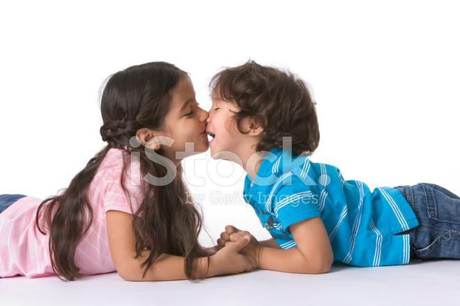 küçük çocuk ablasıyla porno