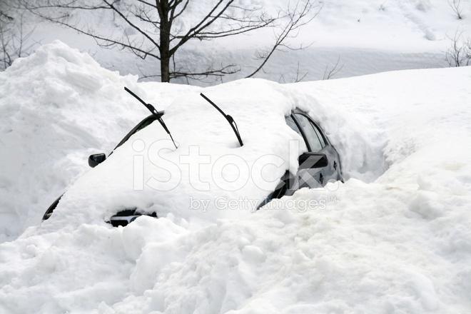 Bildresultat för bil i snödriva