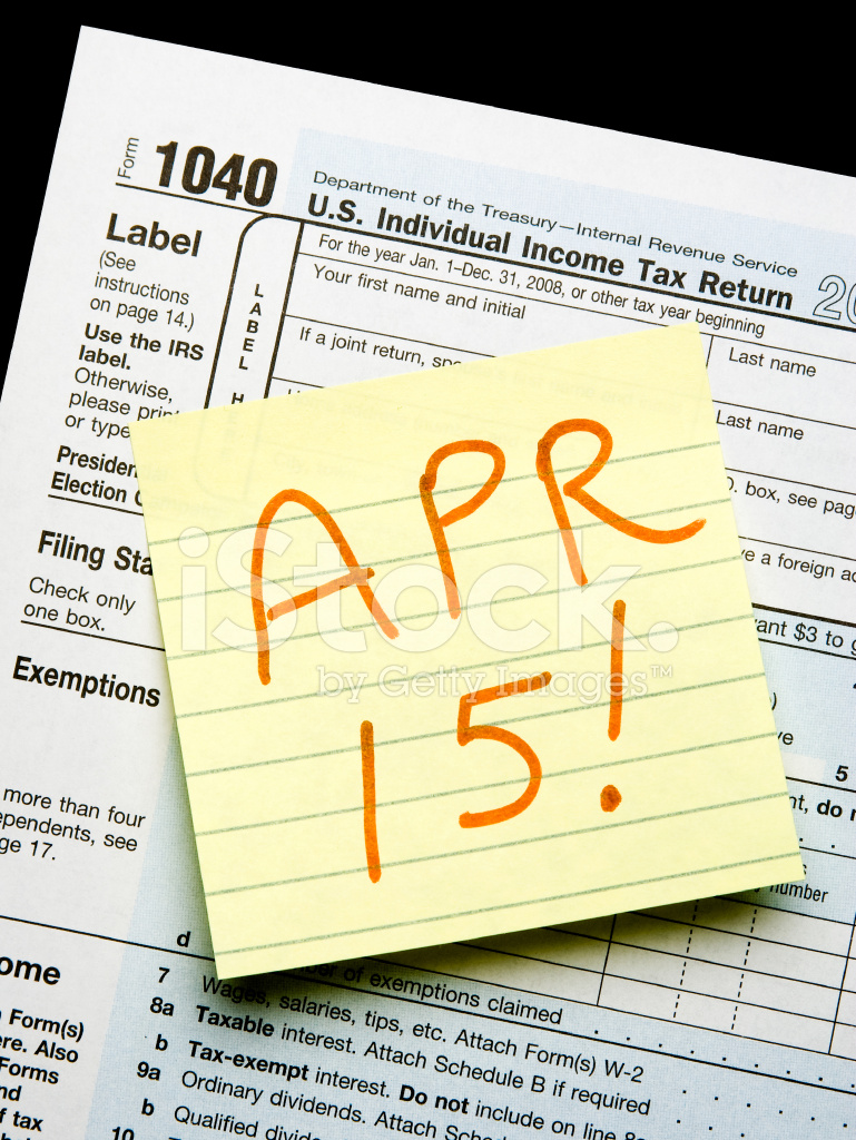 Tax Form 1040 With Yellow Lined Post It Note On Stock Photos