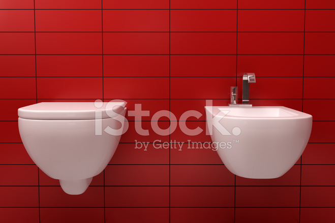 Moderne Toilette MIT Roten Ziegel AN Wand Stockfotos ...