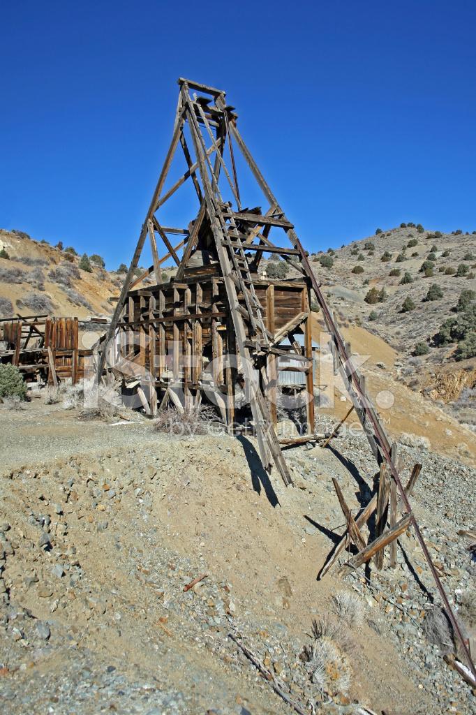 Abandoned Mine Shaft Stock Photos - FreeImages com