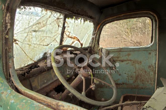 Oude Vrachtwagen Interieur Stockfoto\'s - FreeImages.com
