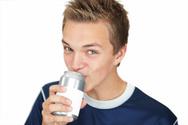 Drinking,Teenager,Soda,Can,...