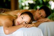 Massaging,Couple,Spa Treatm...