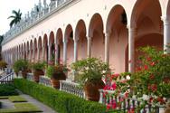 Sarasota,Courtyard,Flower B...