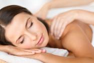 Massaging,Women,Smiling,Cus...