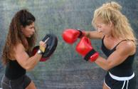 Boxing,Female,Exercising,Ou...