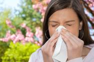 Allergy,Sneezing,Women,Poll...