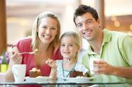 Restaurant,Family,Eating,Co...