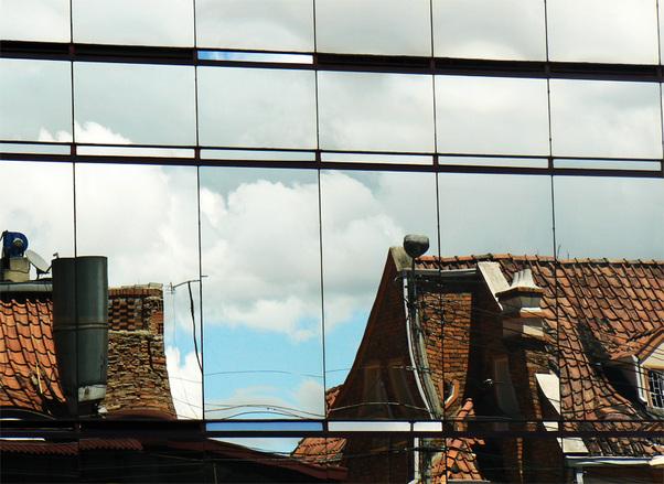Urban mirror window