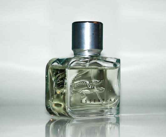 Lacoste Essential Perfume