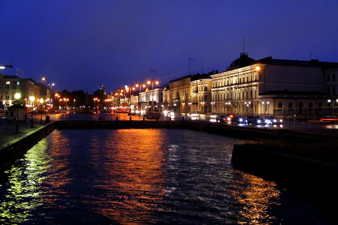 Helsinki illalla
