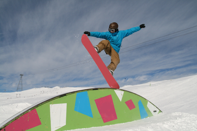 freestyle skiing and boarding 3