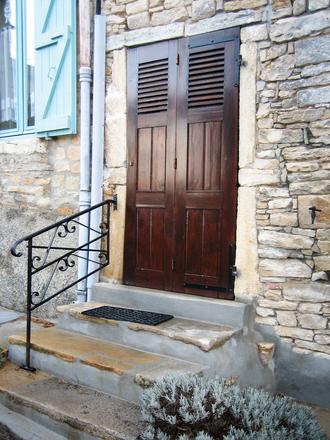 Doors. Cremieu