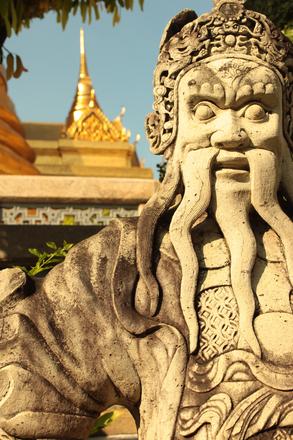 Bangkok Statue 1