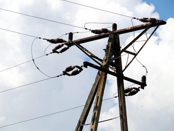 Concrete Electric Poles : Concrete electric pole free photos freeimages
