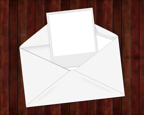 Envelope Polaroid