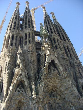 Sagrada Familia tuliaiset